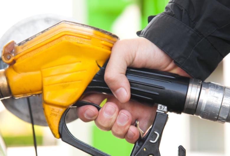 Petrobras reajusta mais uma vez preços da gasolina e do diesel