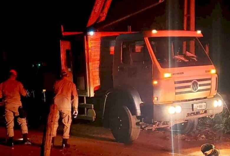 Descarga de 34 mil volts mata homem que fazia reparos em rede elétrica