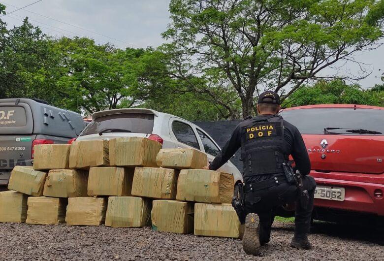 DOF apreende 400 kg de maconha que eram transportados em Sandero