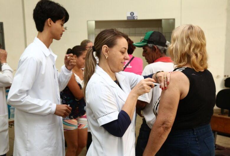 Saúde prorroga vacinação da gripe para 15 de junho