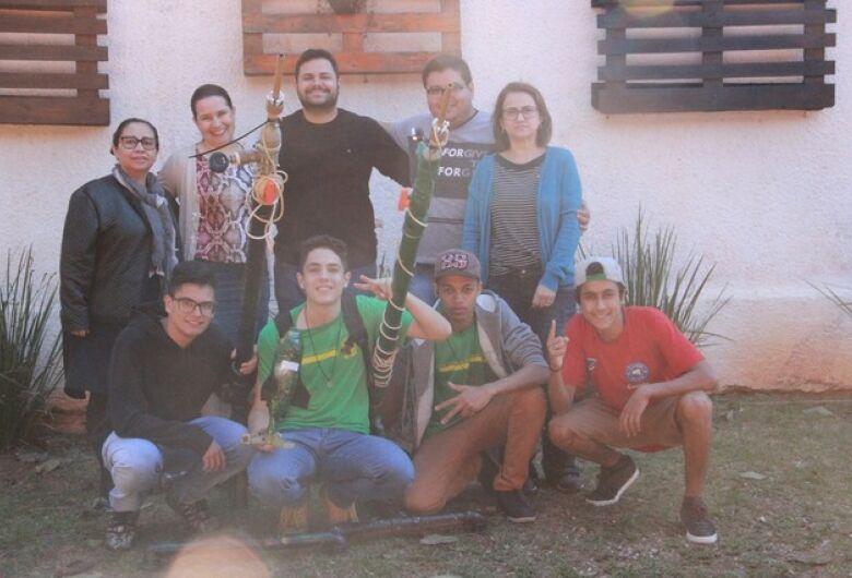 Escola conquista 1º Lugar no Regional da Mostra Brasileira de Foguete
