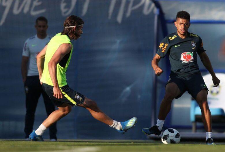 Seleção brasileira começa a se preparar para enfrentar a Costa Rica