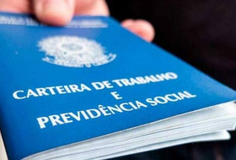 País perdeu 204 mil postos de trabalho no trimestre encerrado em maio, diz IBGE