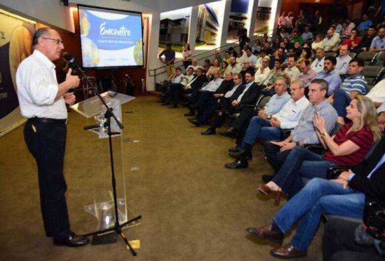 Em encontro com Alckmin, Longen apresenta demandas do setor produtivo do Estado