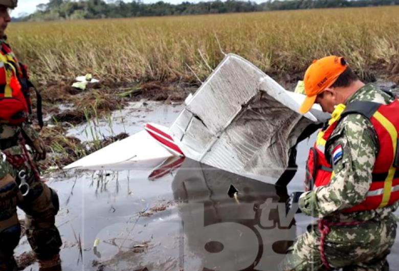 Ministro da Agricultura do Paraguai e outras três pessoas morrem em queda do avião