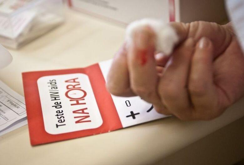 Pessoas com HIV continuam discriminadas no mercado de trabalho