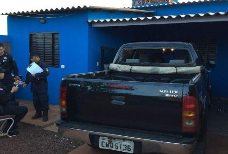 Polícia paraguaia recupera veículos durante ação, um deles, a camioneta de Idenor Machado