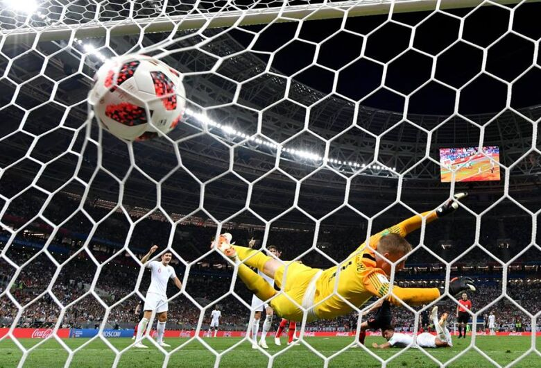 Croácia vence Inglaterra de virada com gol na prorrogação e Copa tem final inédita