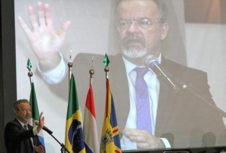 Em fórum no MS, Raul Jungmann anuncia operação Fronteira Segura