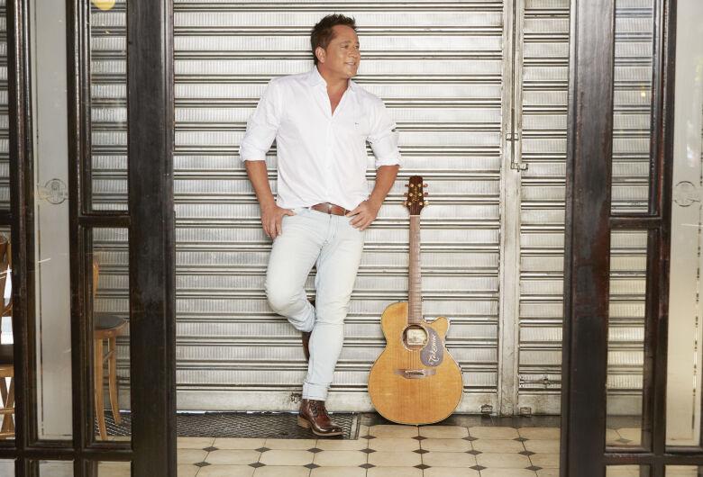"""Novo show do cantor Leonardo, o """"Bar do Leo"""" promete agitar Dourados em agosto"""