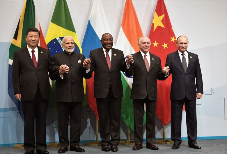 Temer se reúne com presidente da China e pede fim de sobretaxas