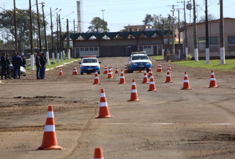 Novos guardas municipais participam de qualificação com a PF