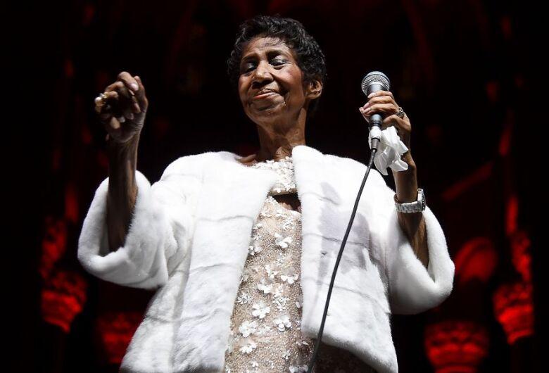 Aretha Franklin morre aos 76 anos, diz agência
