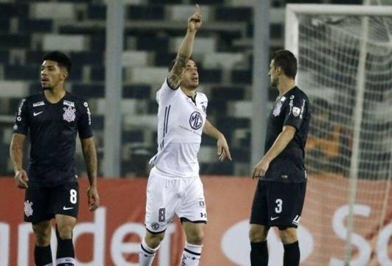Corinthians e Fla perdem na Libertadores