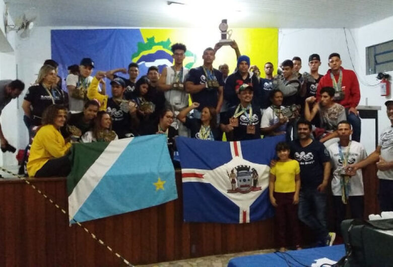 Com 74 medalhas, atletas de MS conquistam 2º lugar no Brasileiro de Luta de Braço