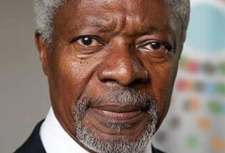 Kofi Annan, ex-chefe da ONU e Prêmio Nobel da Paz, morre aos 80 anos