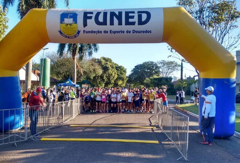 Paulista e douradense vencem a Meia Maratona do Fogo