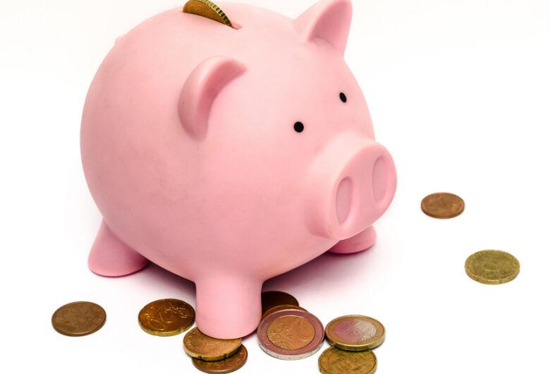 Depósitos na poupança superam retiradas no mês de julho