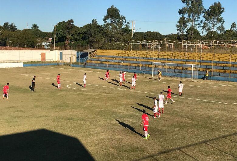 Sete perde na rodada, mas depende de si para garantir vaga na Copa São Paulo