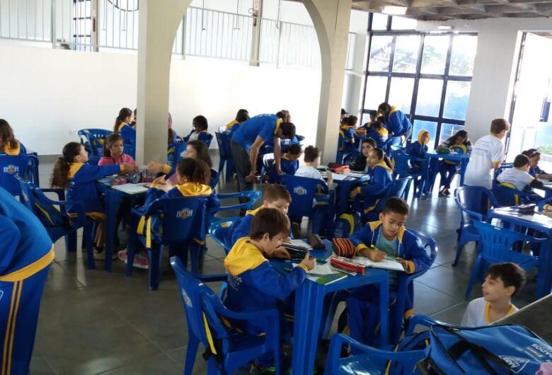 Prefeitura formaliza com AABB, convênio que oferece esporte e reforço escolar na Reme