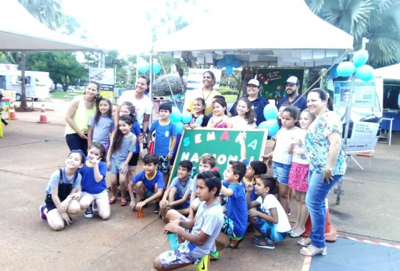 Expotrânsito recebe visitação na Praça Antônio João até esta sexta-feira