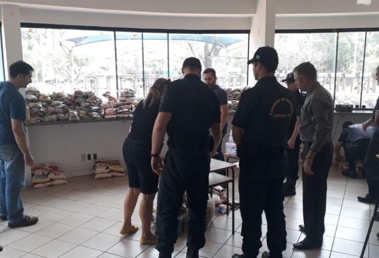"""Mais de 600 kg de alimentos foram arrecadados para apoio a instituições na """"1ª Corrida Vida Sem Drogas"""""""