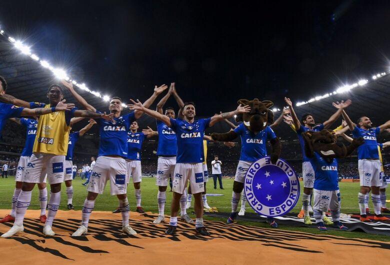 Cruzeiro e Corinthians eliminam Palmeiras e Flamengo e fazem a final da Copa do Brasil