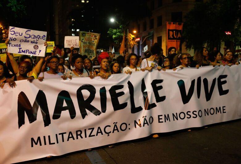 Seis meses após assassinatos, caso Marielle aguarda solução