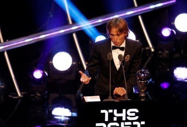Modric desbanca CR7 e é eleito 'melhor do mundo' pela Fifa
