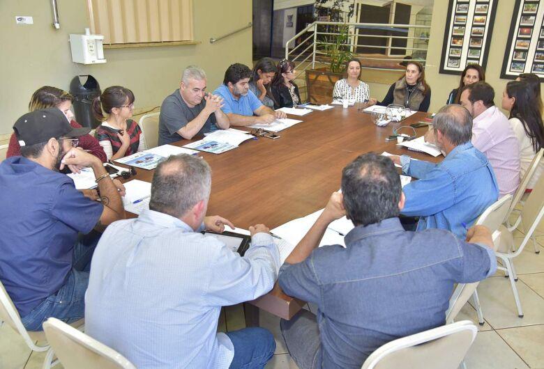 Aced e Faems realizam debate com candidatos ao governo do Estado com transmissão do Progresso Digital, RIT e 94FM