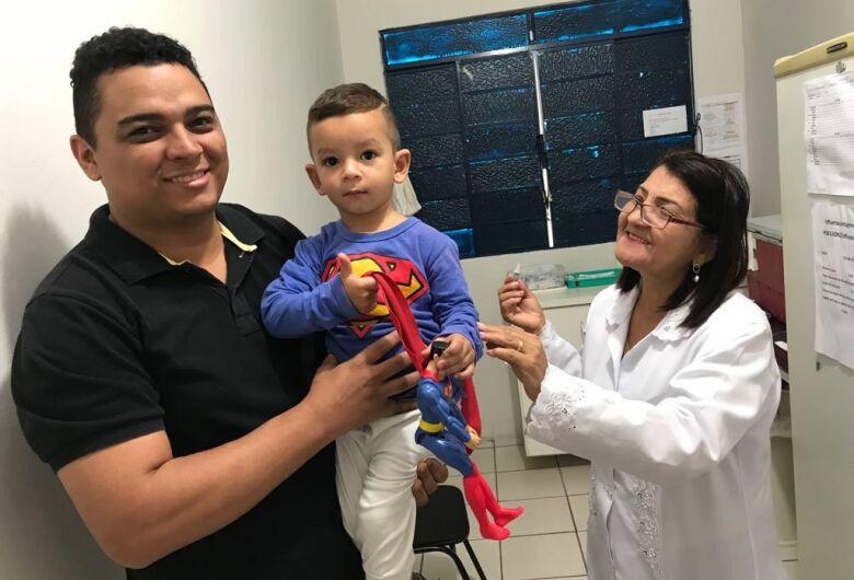 Dourados alcança meta de vacinação contra a pólio e o sarampo