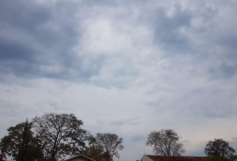 Cemtec aponta para possibilidade de pancadas de chuva até terça-feira em MS