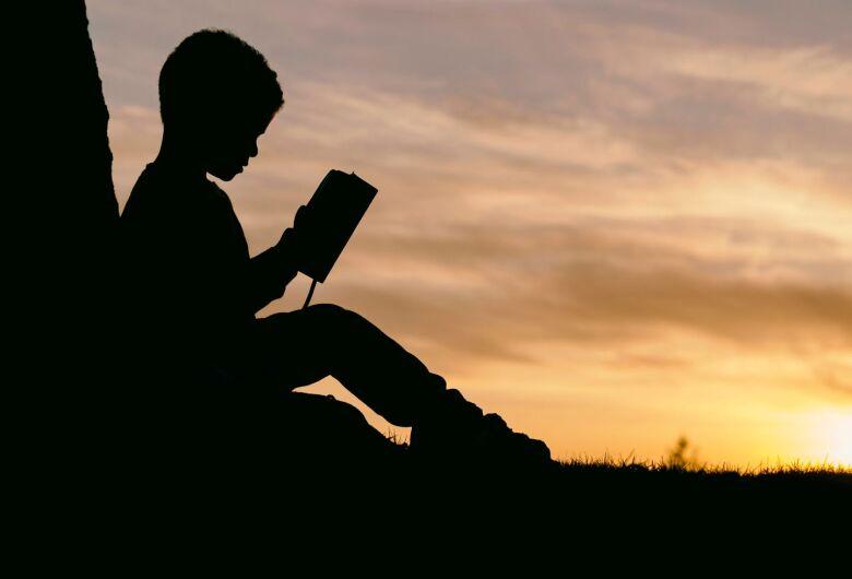 No Dia Nacional do livro, a valorização dos autores locais é fundamental