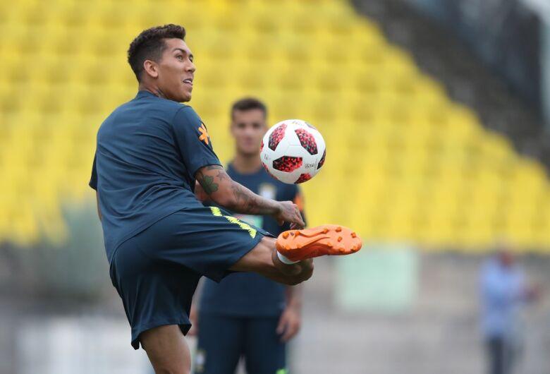 Após vitória sobre a Arábia, Tite promoverá mudanças na escalação da seleção brasileira