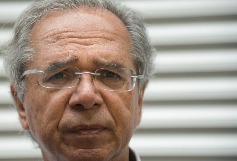 Guedes diz que foco será controle de gastos e coloca reforma da Previdência
