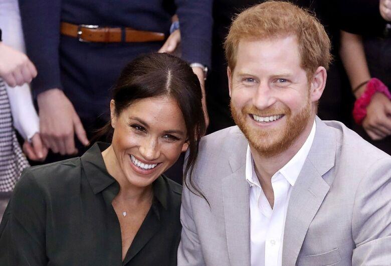 Príncipe Harry e Meghan esperam primeiro filho