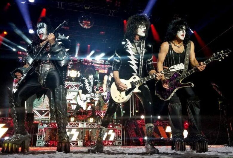 "Banda Kiss promete última turnê ""explosiva"" para se despedir dos fãs"