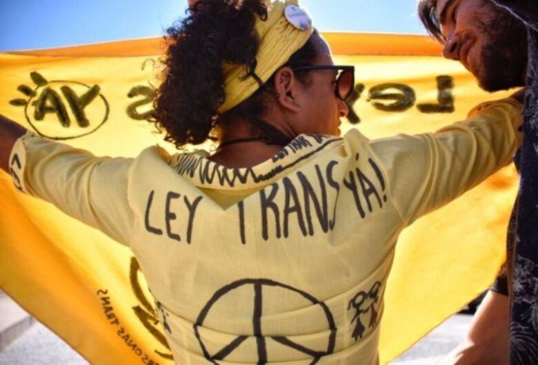 Deputados uruguaios aprovam Lei Integral para Pessoas Trans
