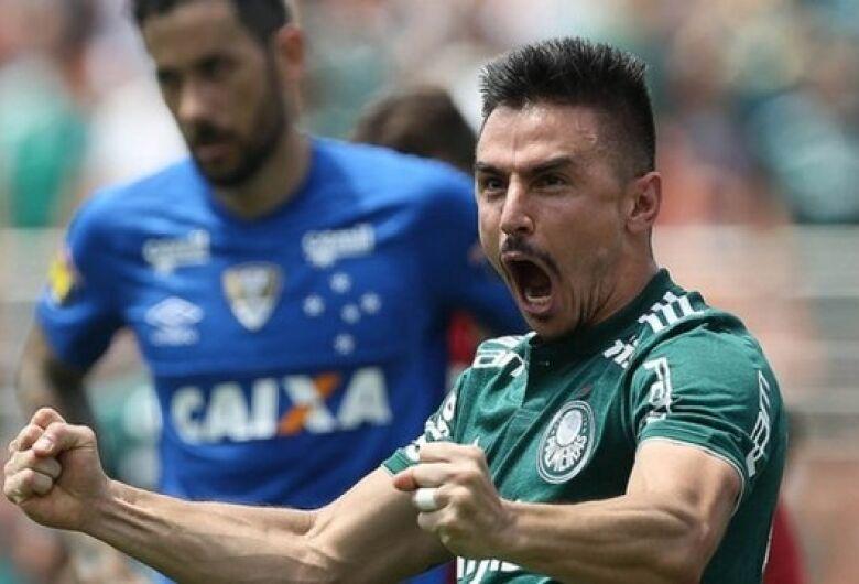 Após bater o Cruzeiro, Palmeiras busca quebrar tabu do Morumbi