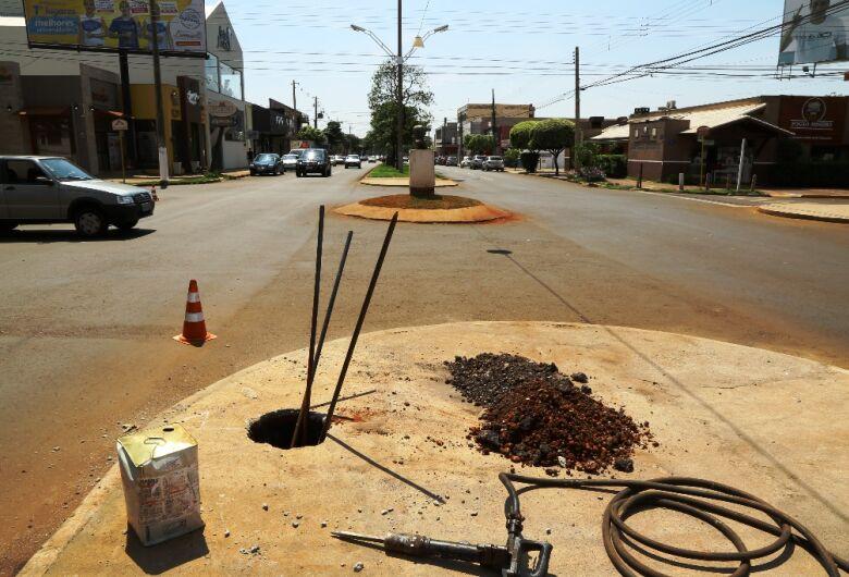 Prefeitura encaminha semáforos em nove pontos no centro e nos bairros de Dourados