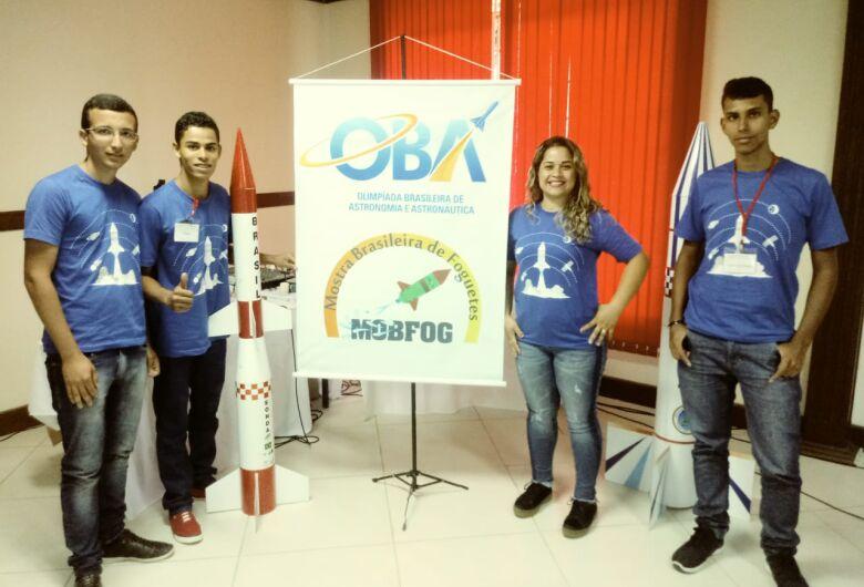 Equipe de escola pública de Dourados vence Mostra Brasileira de Foguetes