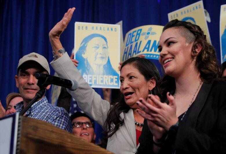 Indígenas, muçulmanas e um governador gay: os perfis inovadores nas eleições dos EUA