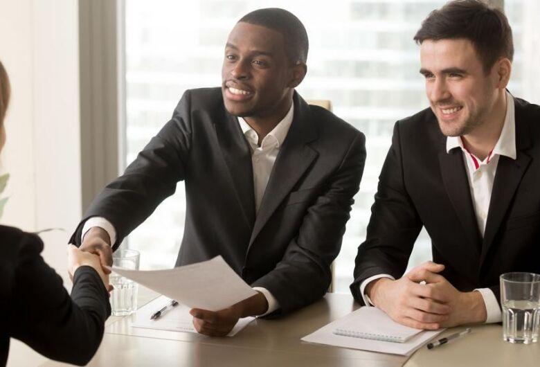 Está procurando emprego?  Confira 7 dicas para se dar bem em entrevistas