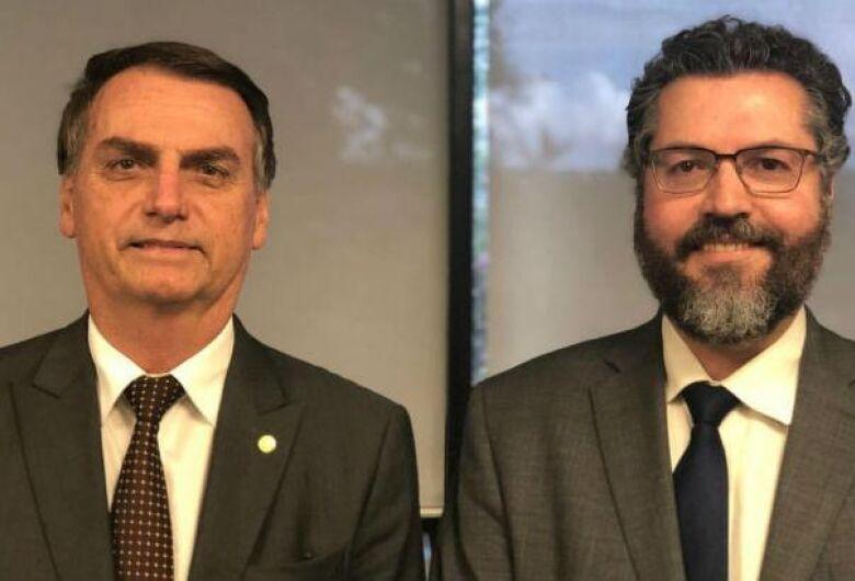 Embaixador Ernesto Araújo é escolhido para Relações Exteriores
