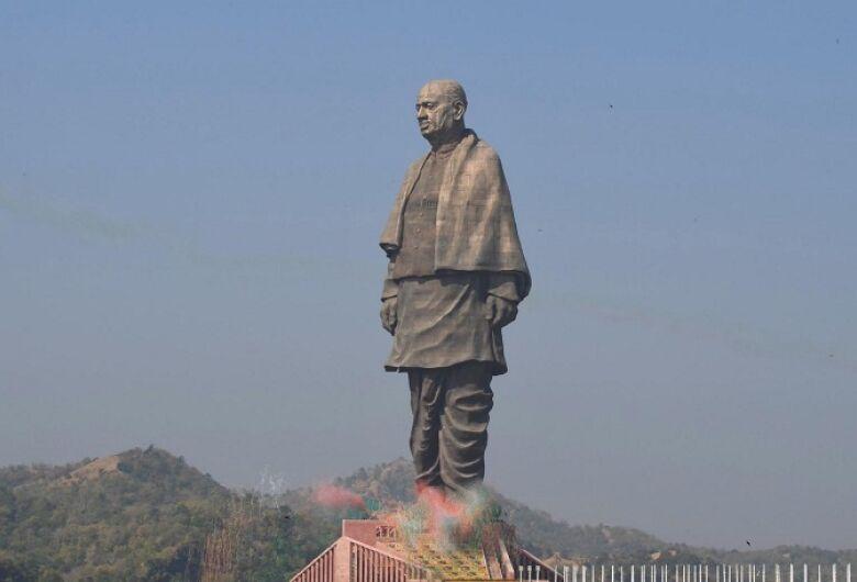 Índia inaugura a estátua mais alta do mundo de 182 metros de altura