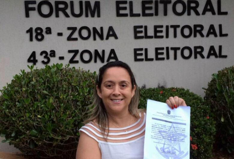 Jornalista Lia Nogueira toma posse hoje na Câmara de Dourados