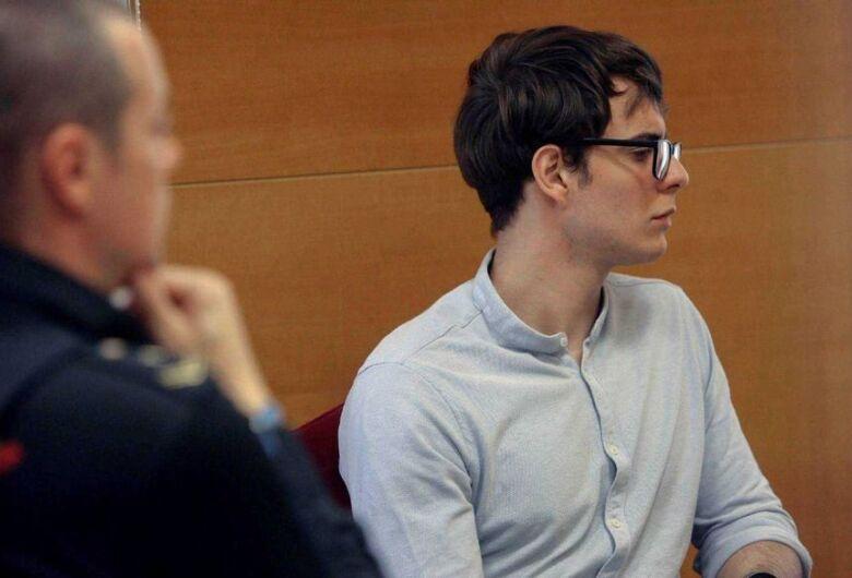 Brasileiro é condenado a prisão perpétua por matar tios e primos na Espanha