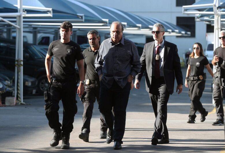 Polícia Federal prende governador do RJ, Luiz Fernando Pezão, em nova etapa da Lava Jato