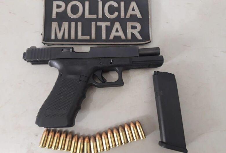 Rádio Patrulha do 3º BPM apreende pistola com foragido em Dourados