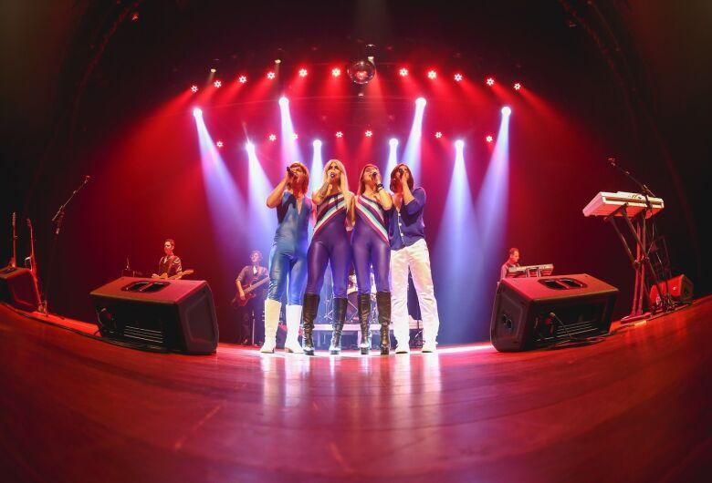 "Dourados recebe musical ""ABBA The History - A Salute To Abba"" em fevereiro"